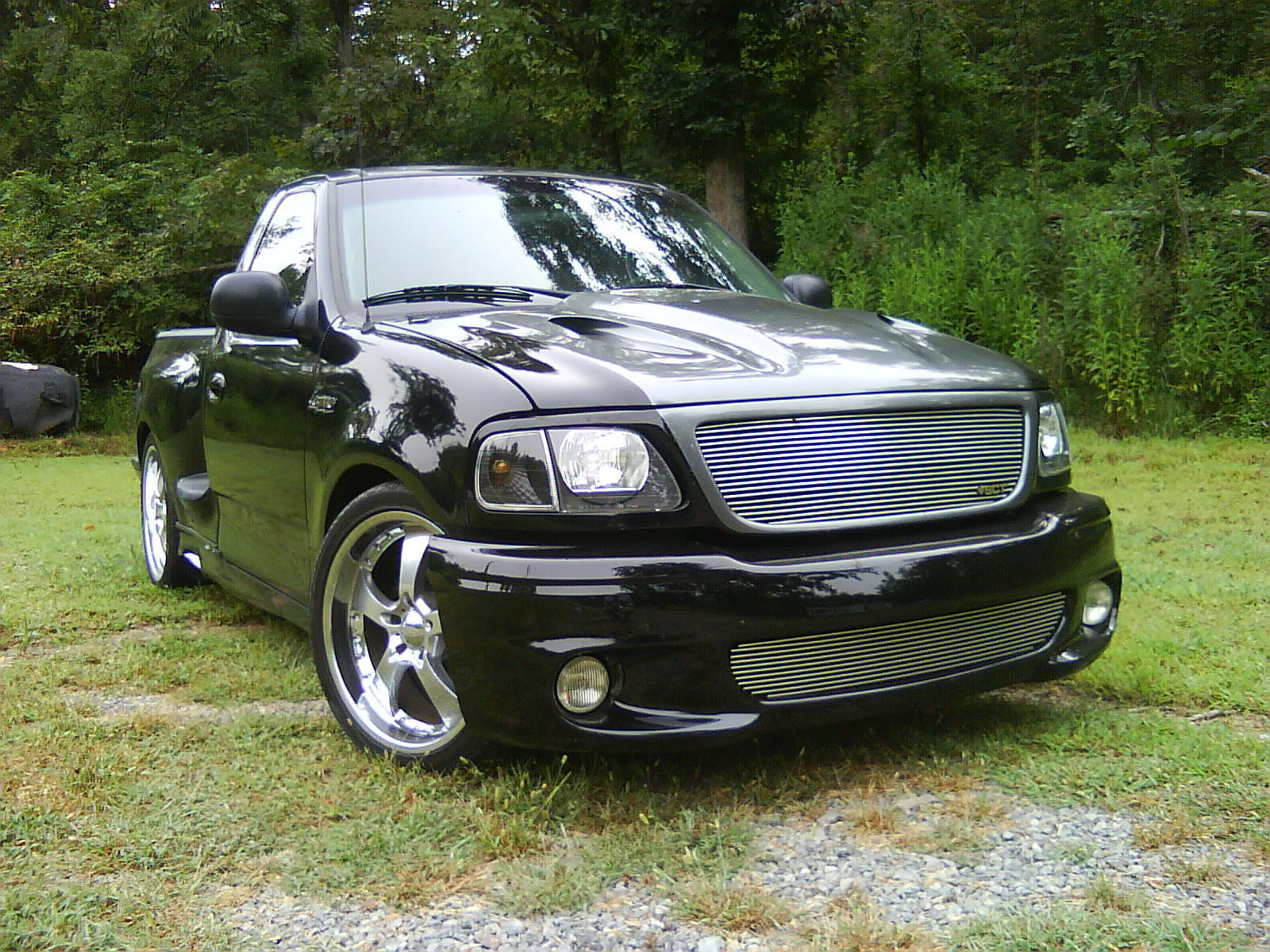 Ford F-150 1998 photo - 4