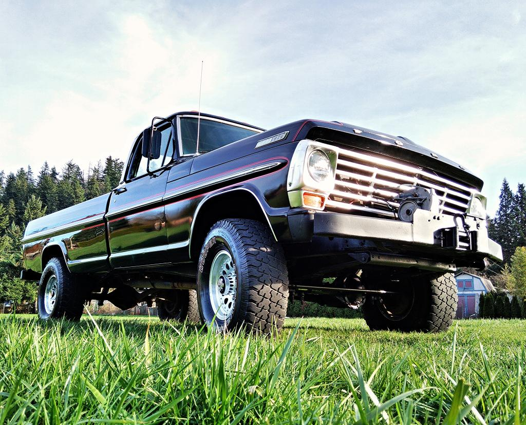 Ford f-250 1972 photo - 9