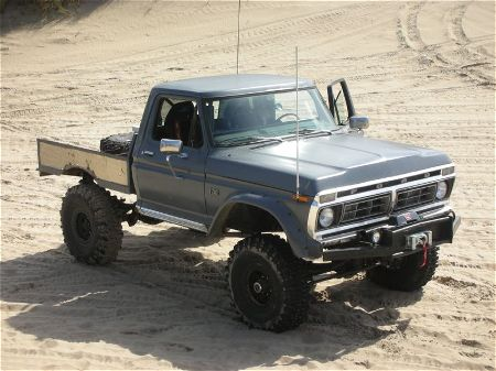 Ford f-250 1973 photo - 1
