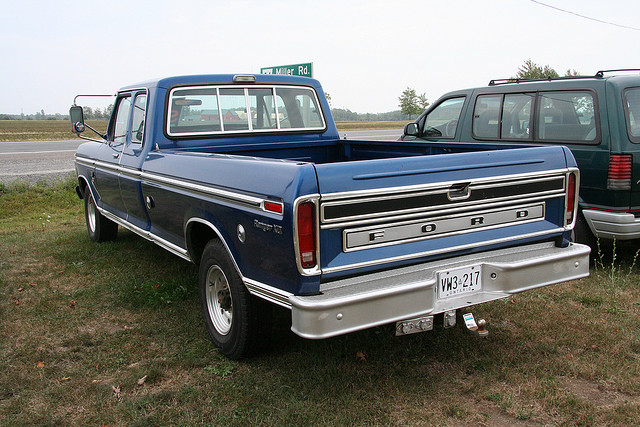 Ford f-250 1975 photo - 3