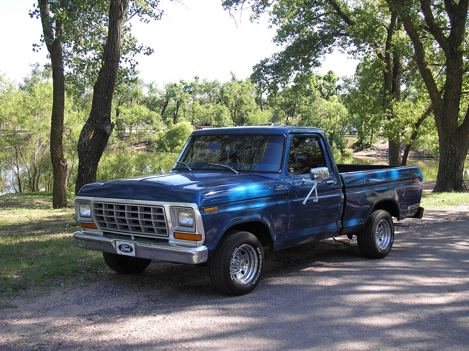 Ford f-250 1979 photo - 2
