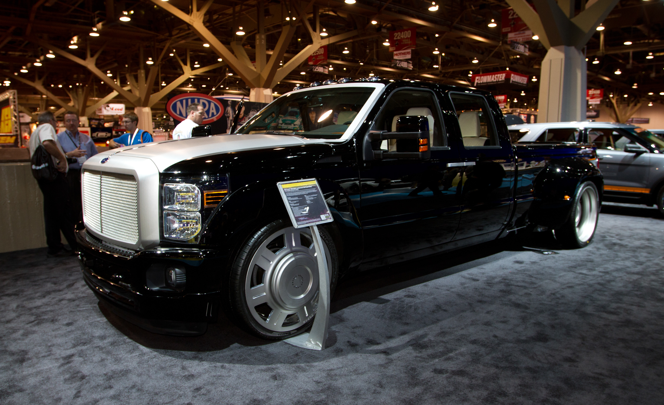 Ford F-350 2014 photo - 4