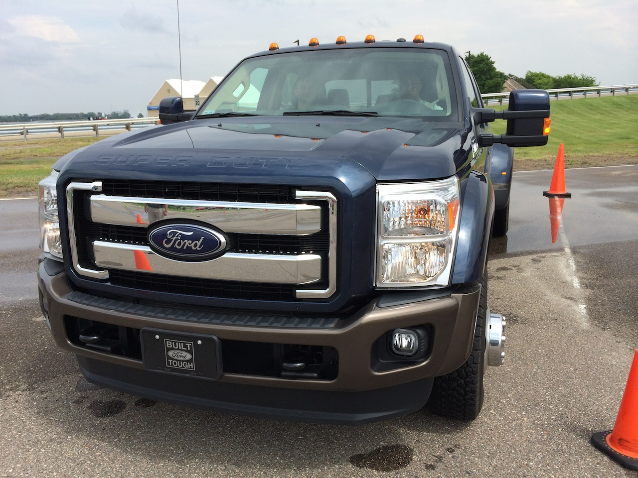 Ford F-350 2014 photo - 7