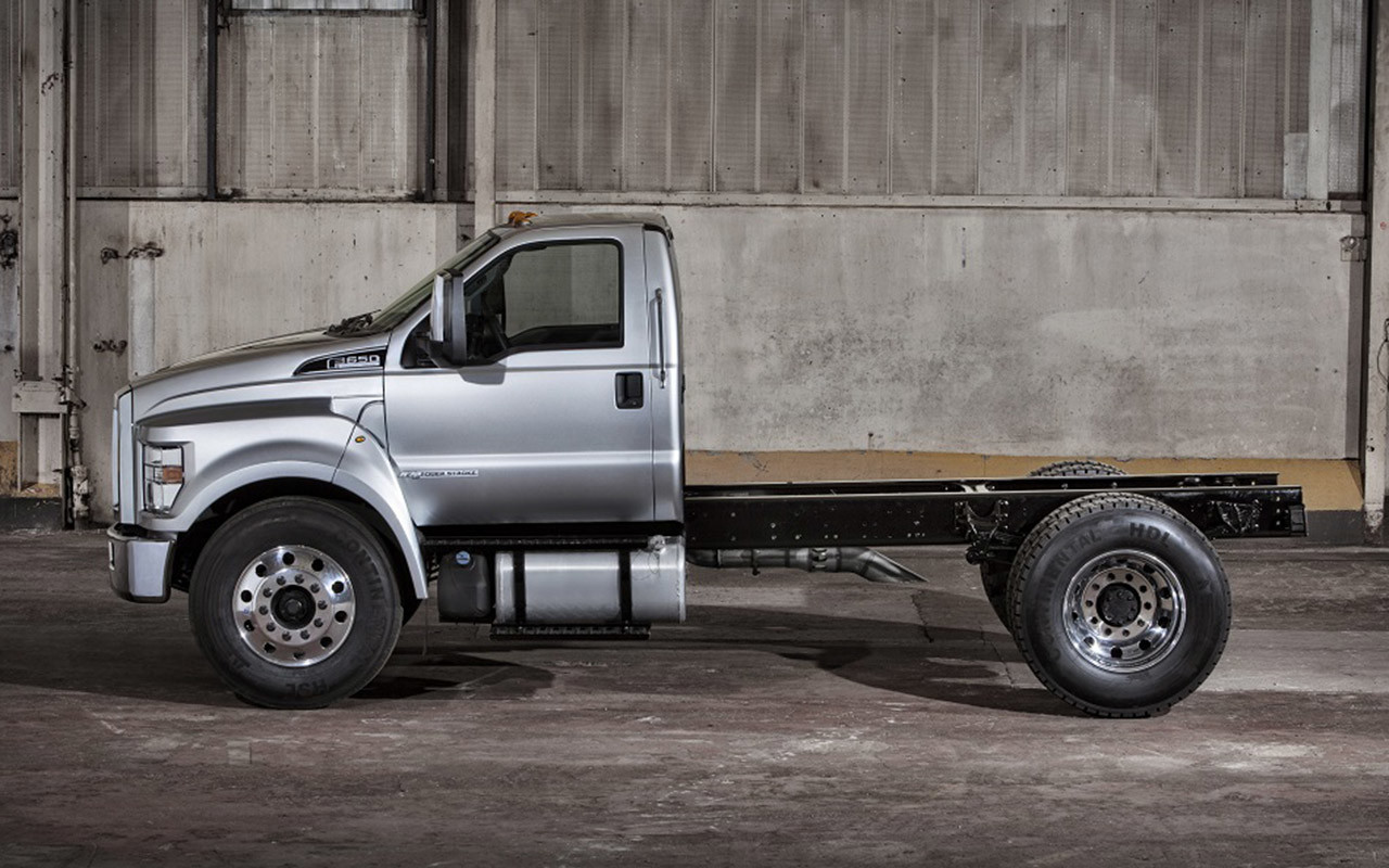Ford f-650 2015 photo - 6