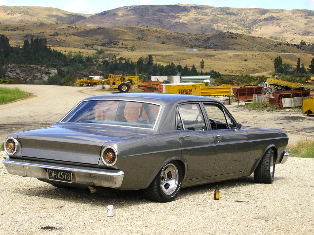 Ford falcon 1975 photo - 3