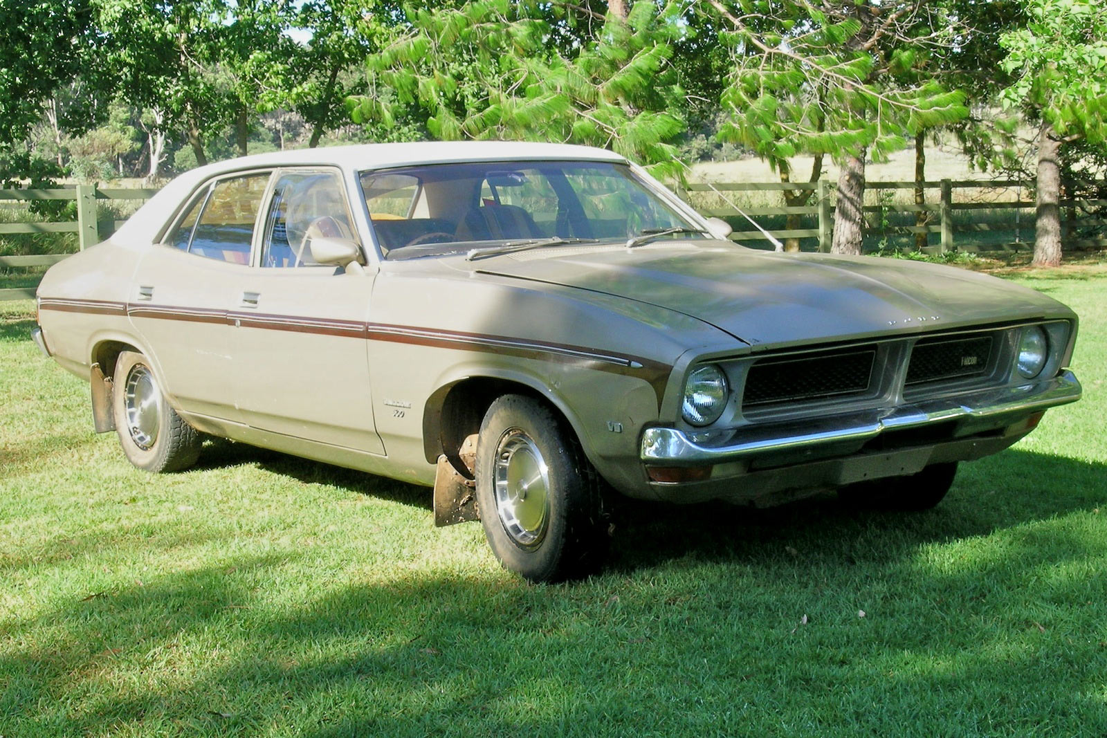 Ford falcon 1976 photo - 6