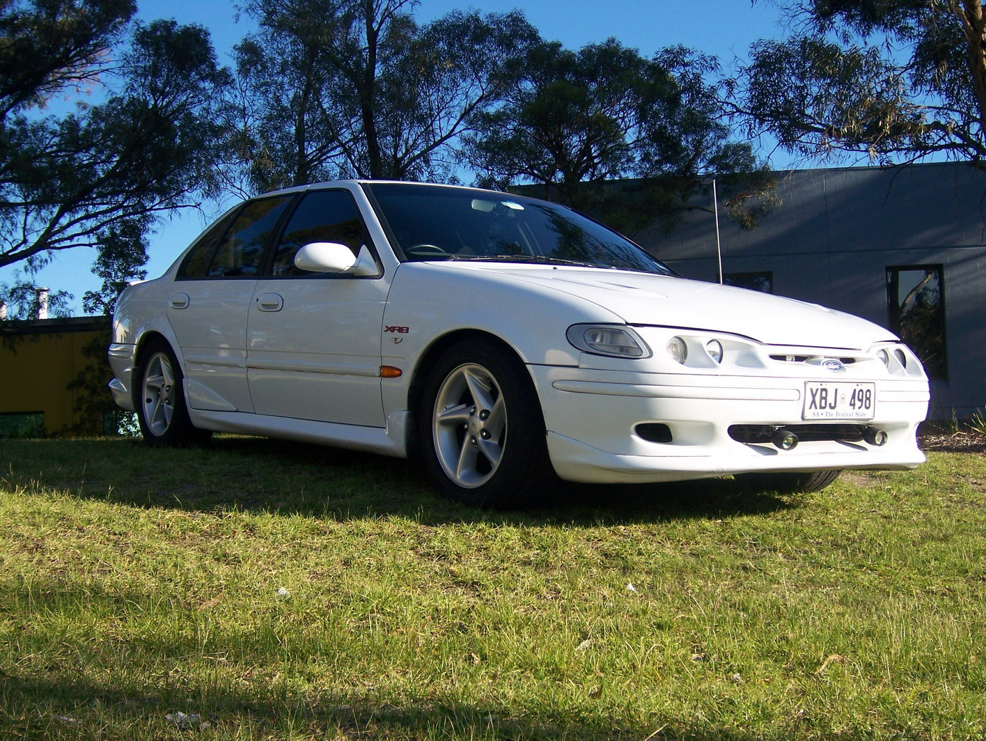 Ford falcon 1998 photo - 9
