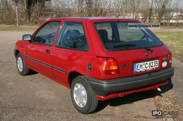 Ford fiesta 1993 photo - 1