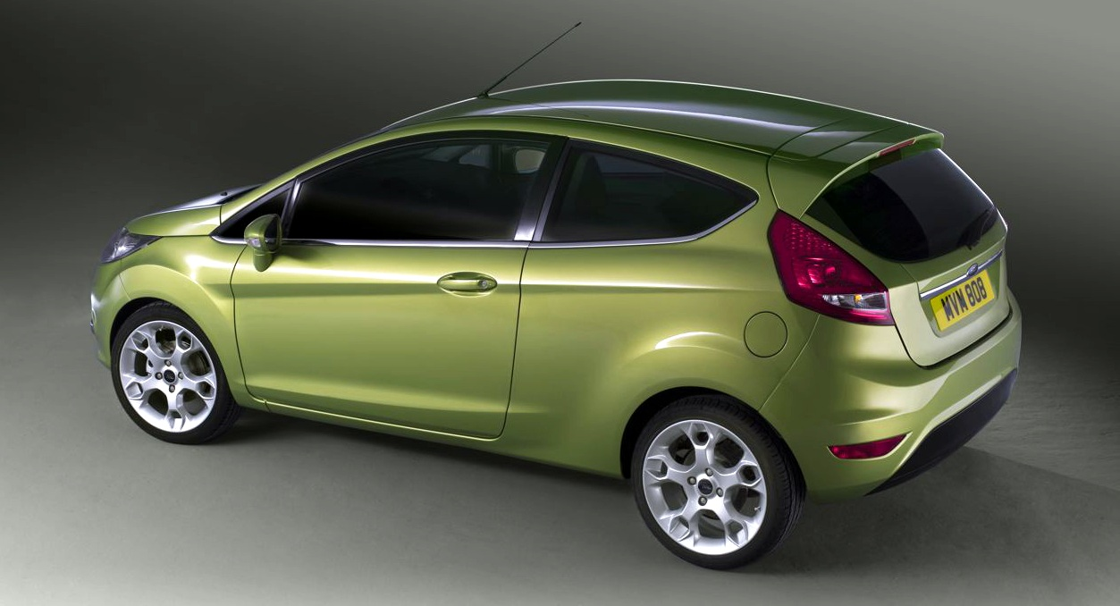 Ford Fiesta 2010 photo - 10