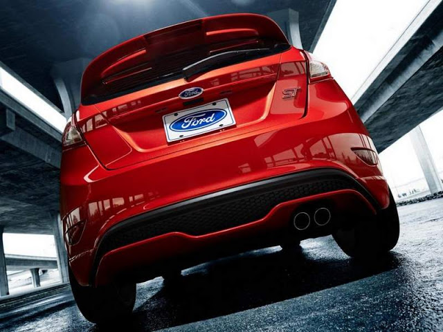 Ford Fiesta 2014 photo - 2