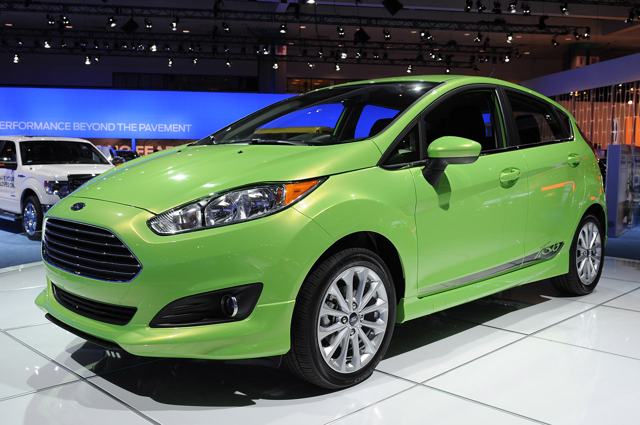 Ford Fiesta 2014 photo - 3