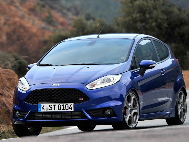 Ford Fiesta 2014 photo - 8
