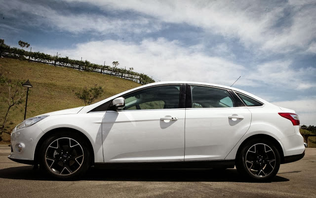 Ford Focus 2014 photo - 3