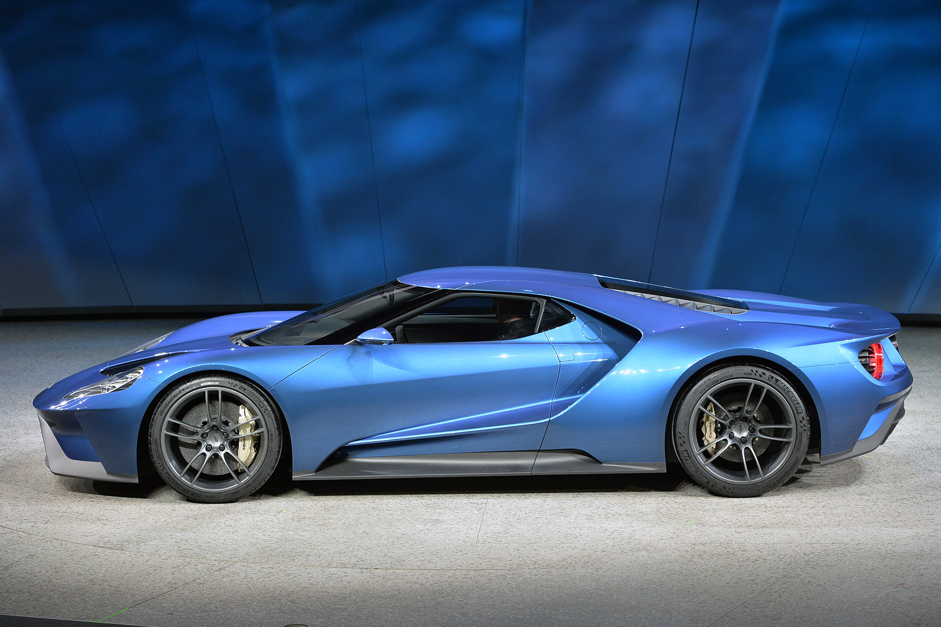 Ford GT 2015 photo - 3