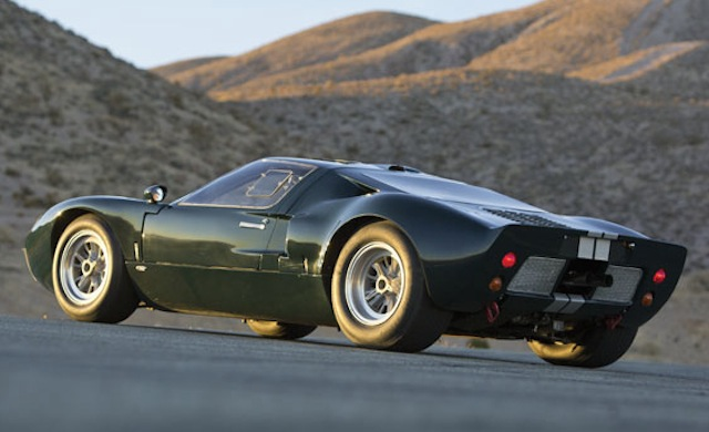 Ford GT40 1965 photo - 10