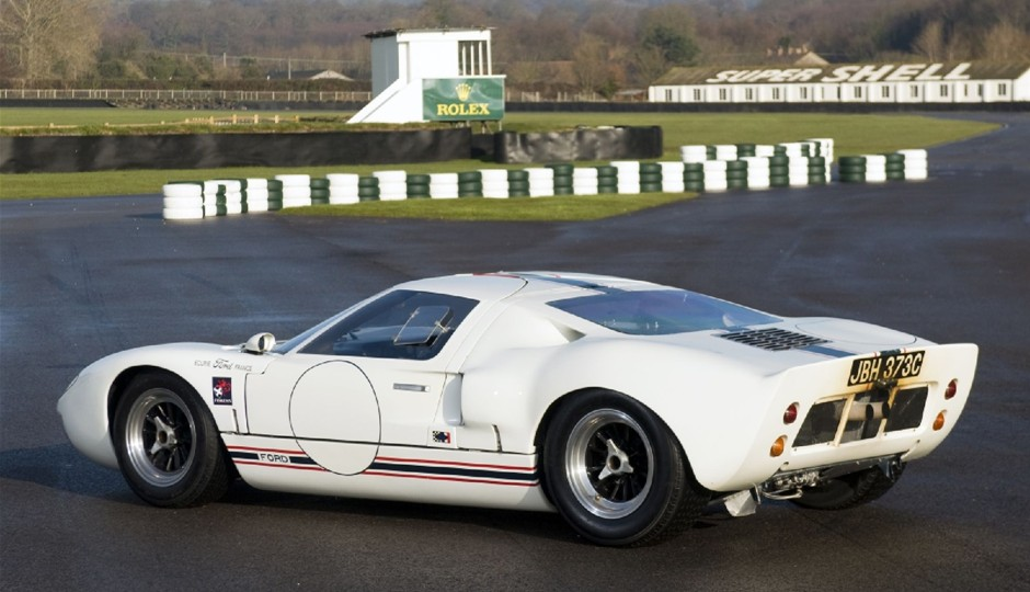 Ford GT40 1965 photo - 5
