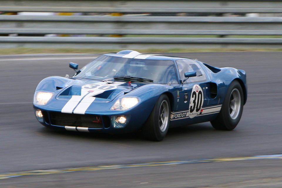 Ford GT40 1965 photo - 7