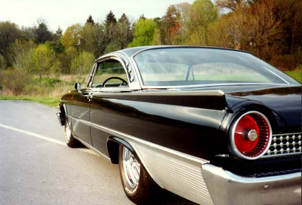 Ford galaxy 1961 photo - 1