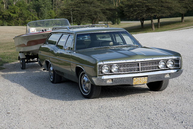Ford Galaxy 1970 photo - 3