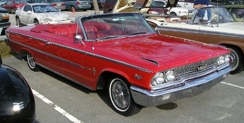 Ford Galaxy 1970 photo - 4