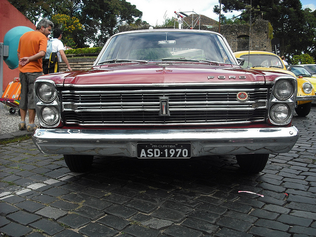 Ford Galaxy 1970 photo - 8