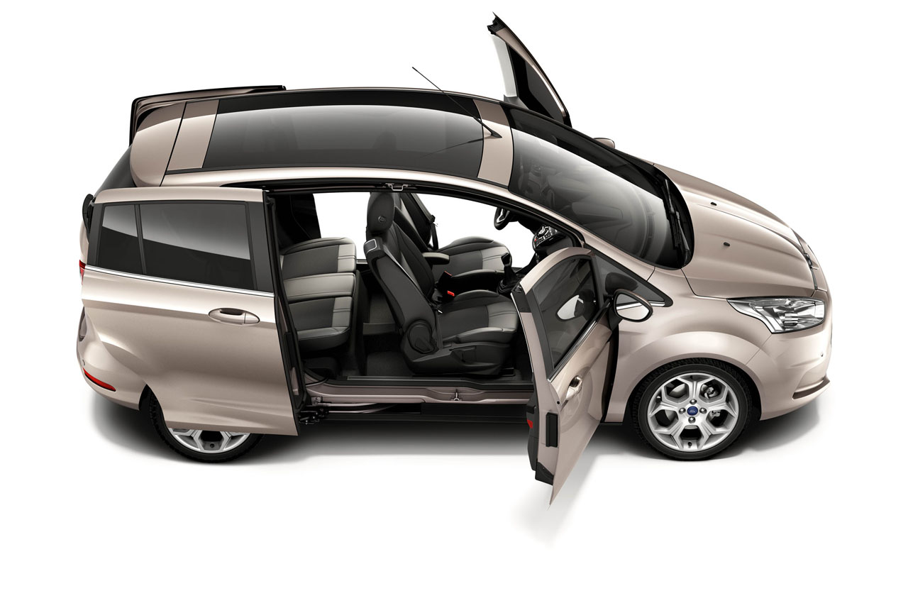 Ford Galaxy 2012 photo - 10