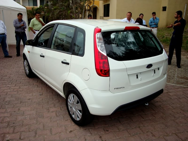 Ford Ikon 2011 Review Amazing Pictures And Images Look
