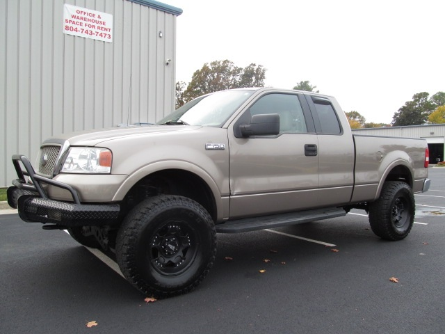 Ford K 2004 photo - 5