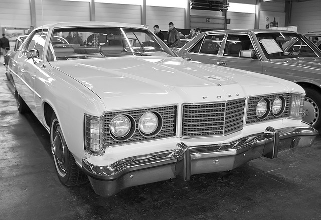 Ford LTD 1974 photo - 4