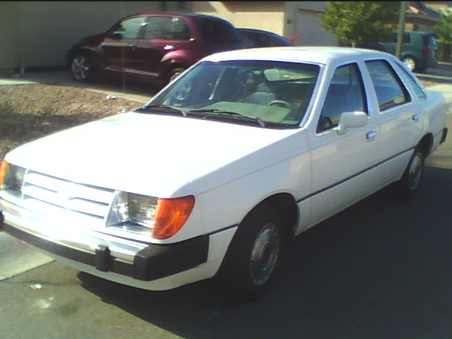 Ford laser 1984 photo - 4
