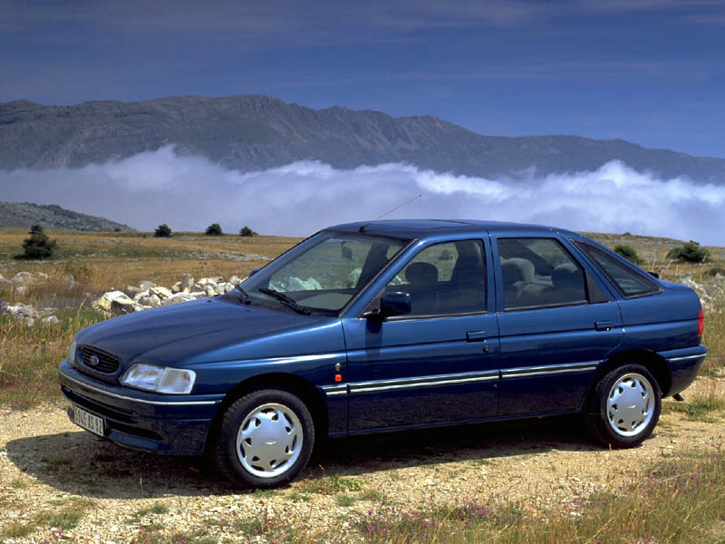 Ford Laser 1993 photo - 2
