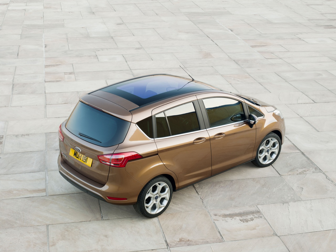 Ford Max 2014 photo - 8
