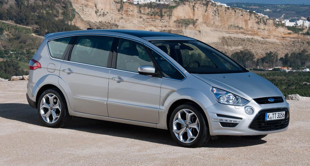 Ford Max 2014 photo - 9