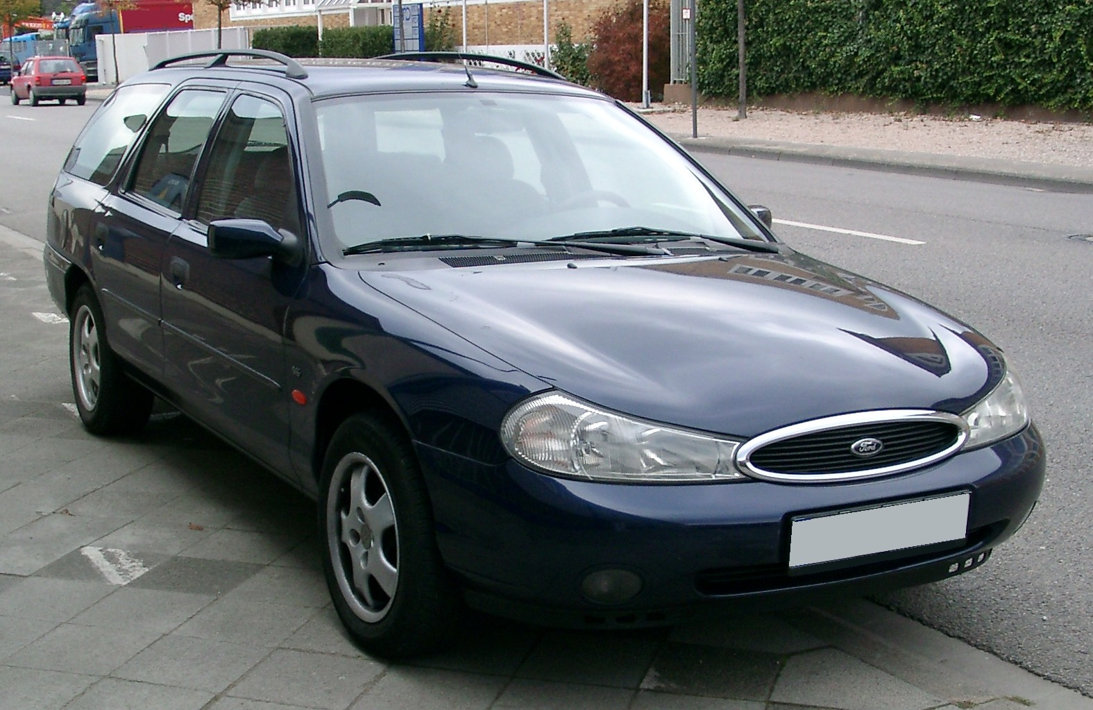 Ford Mondeo 1999 photo - 8