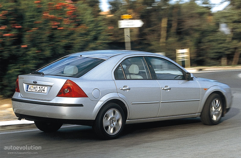 Ford Mondeo 2002 photo - 5