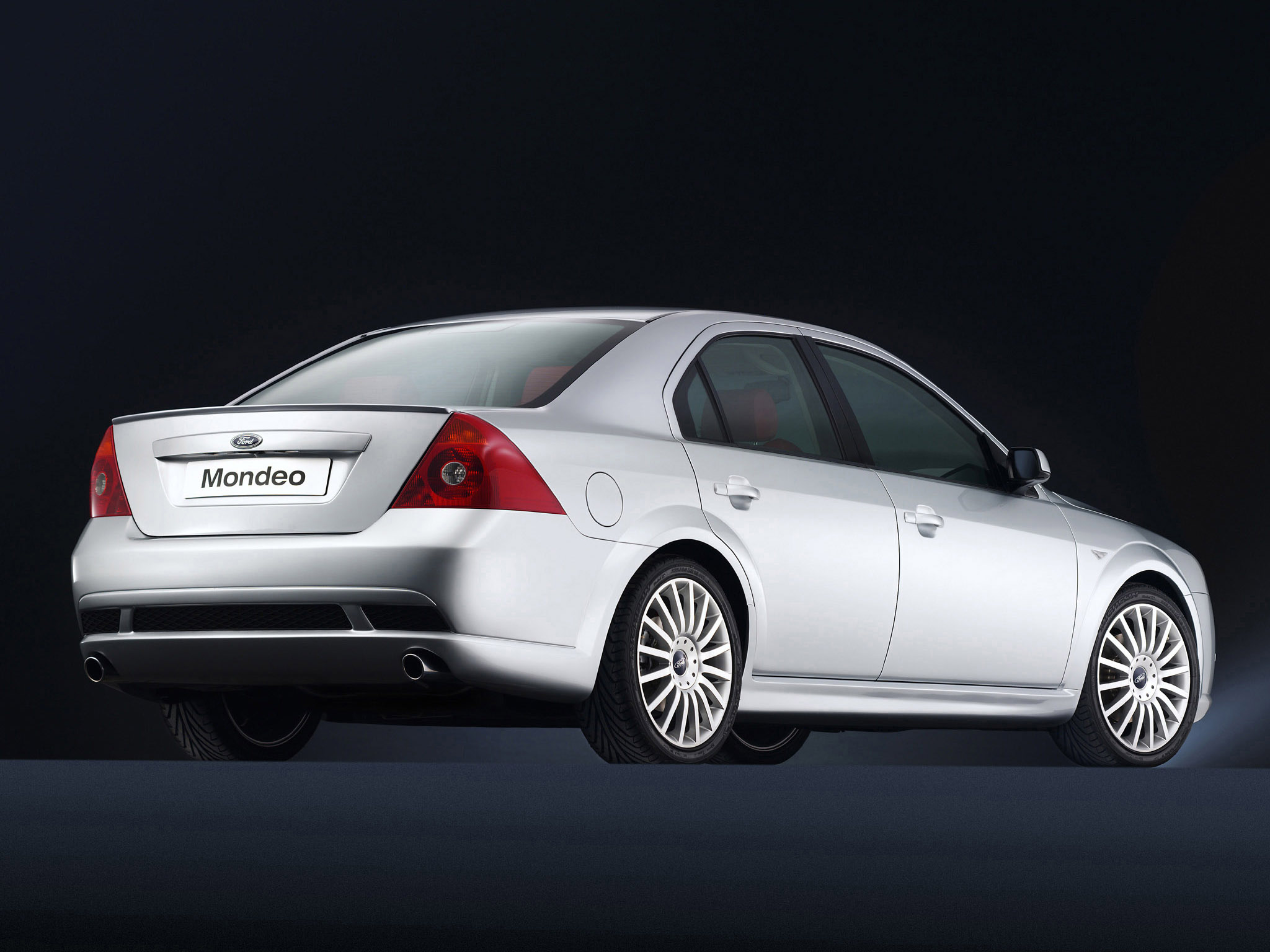 Ford Mondeo 2002 photo - 7