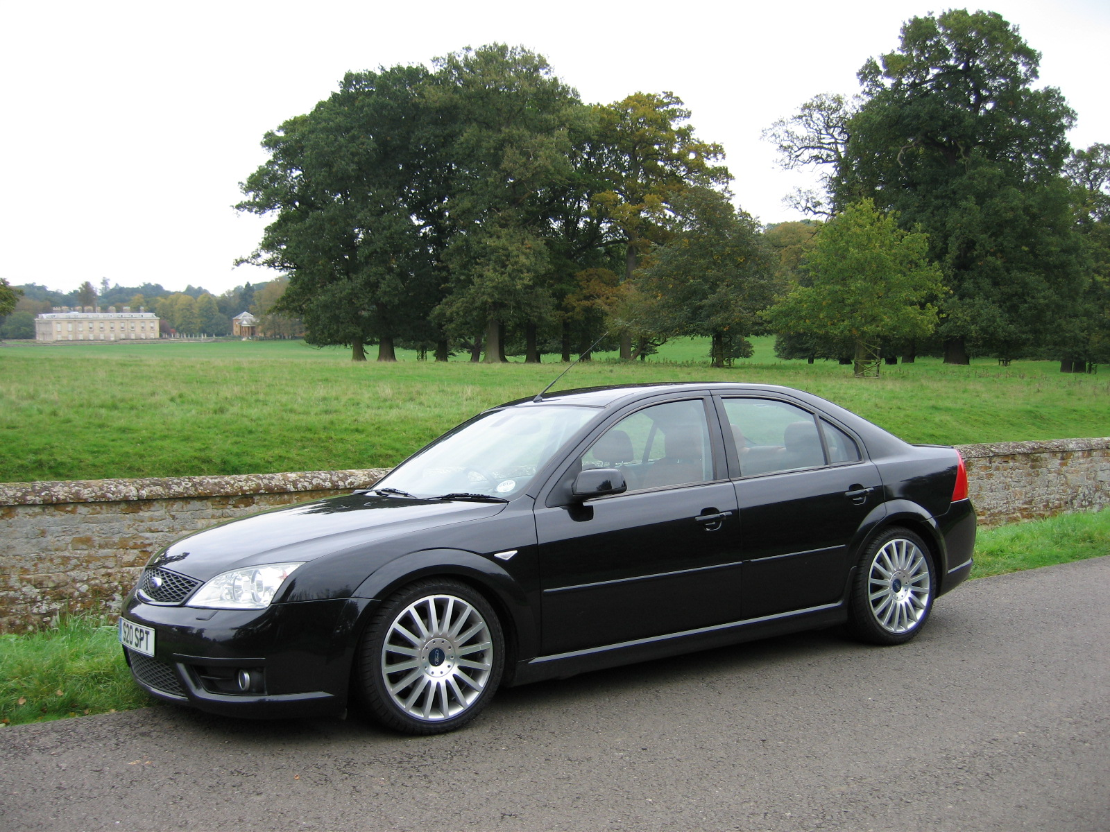 Ford Mondeo 2003 photo - 2