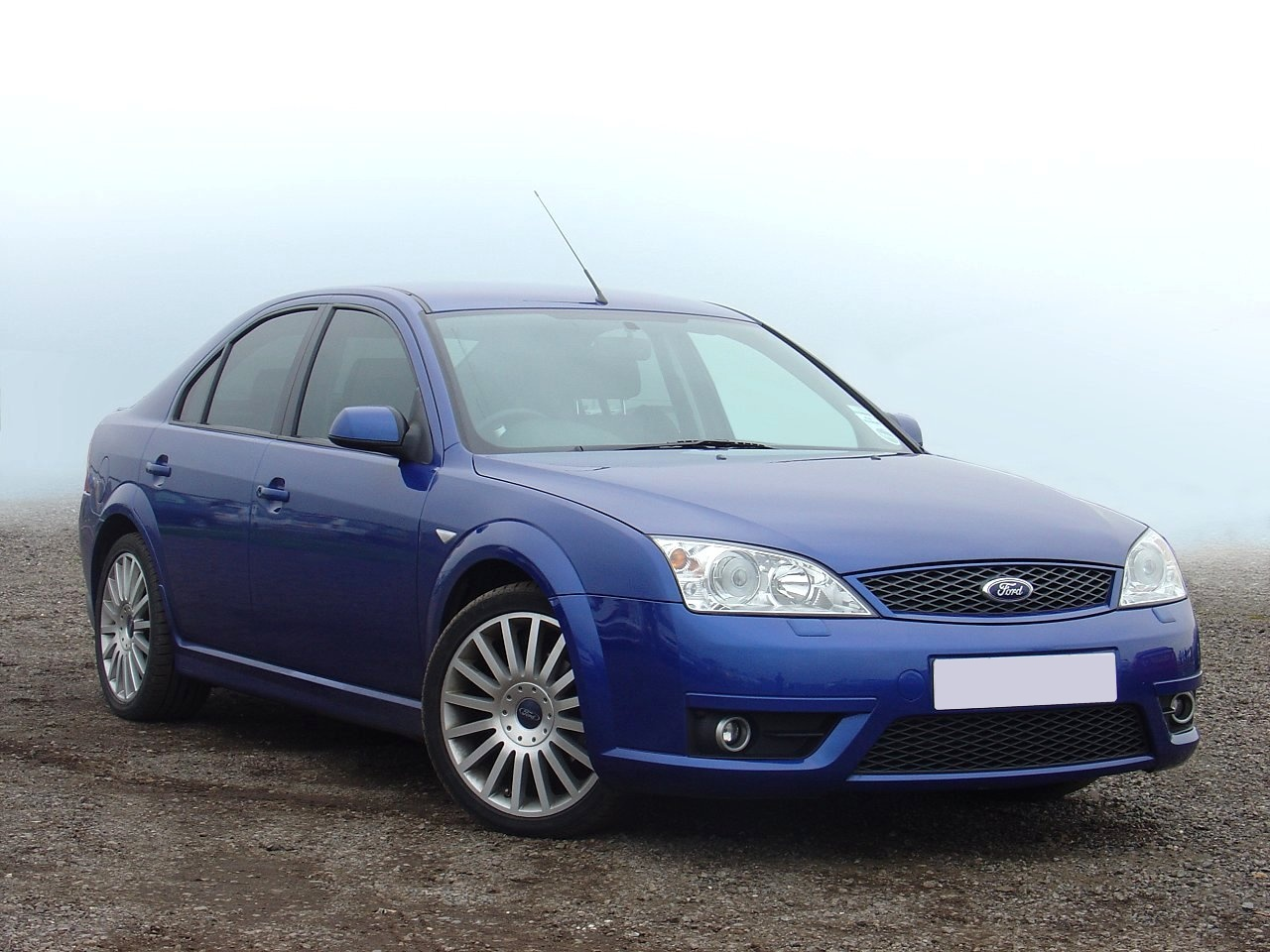 Ford Mondeo 2004 photo - 5