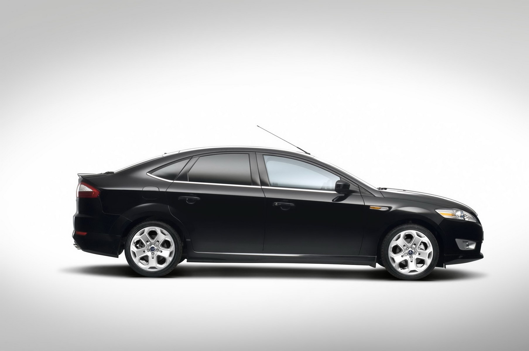 Ford Mondeo 2008 photo - 5