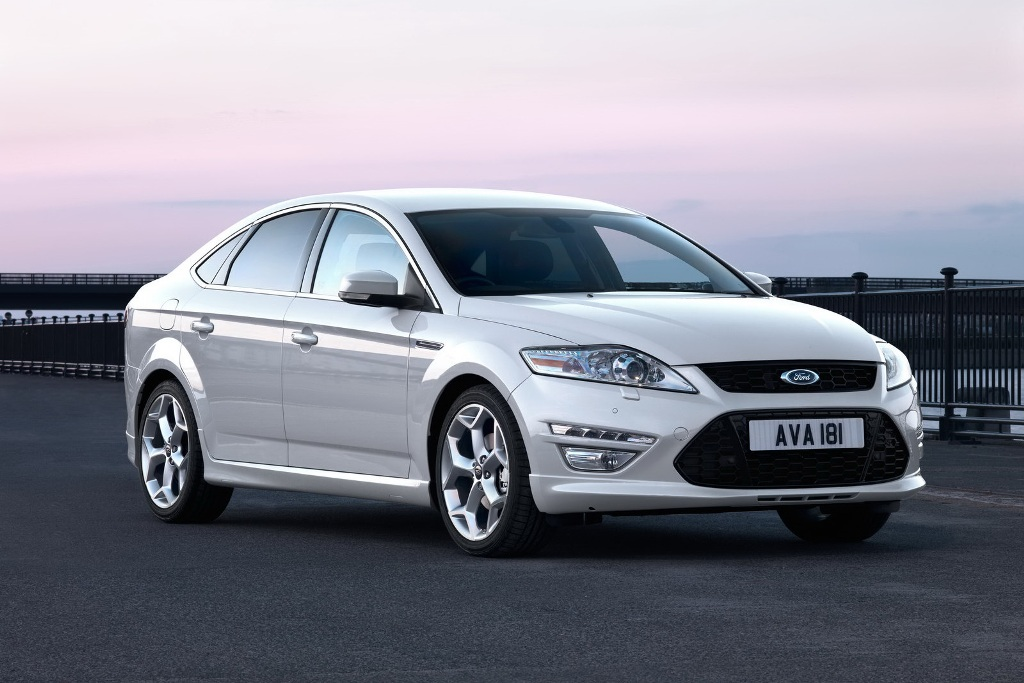 Ford Mondeo 2010 photo - 8