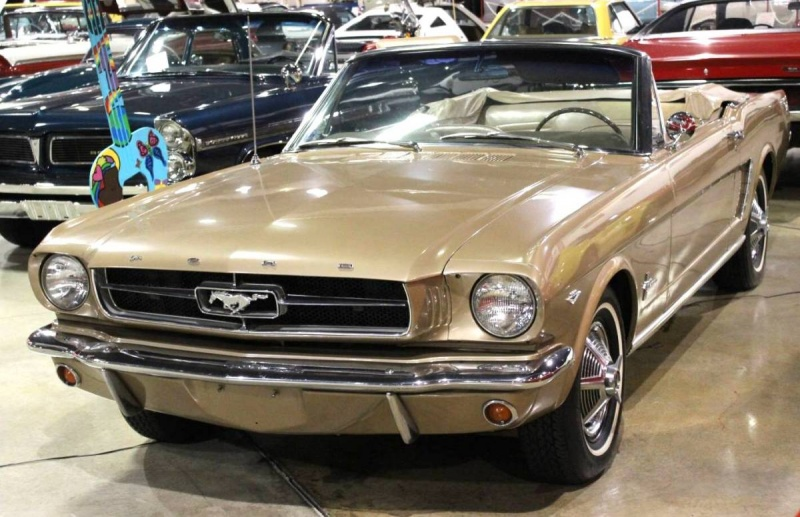 Ford Mustang 1964 photo - 10