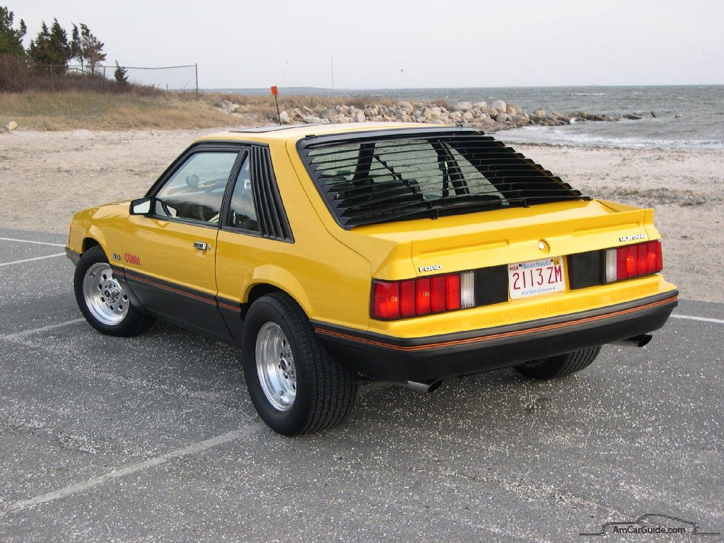 Ford Mustang 1982 photo - 7