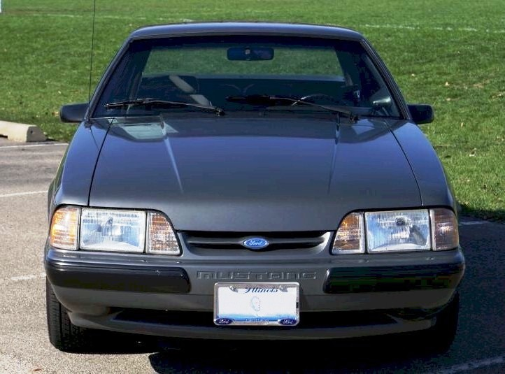 Ford Mustang 1987 photo - 6