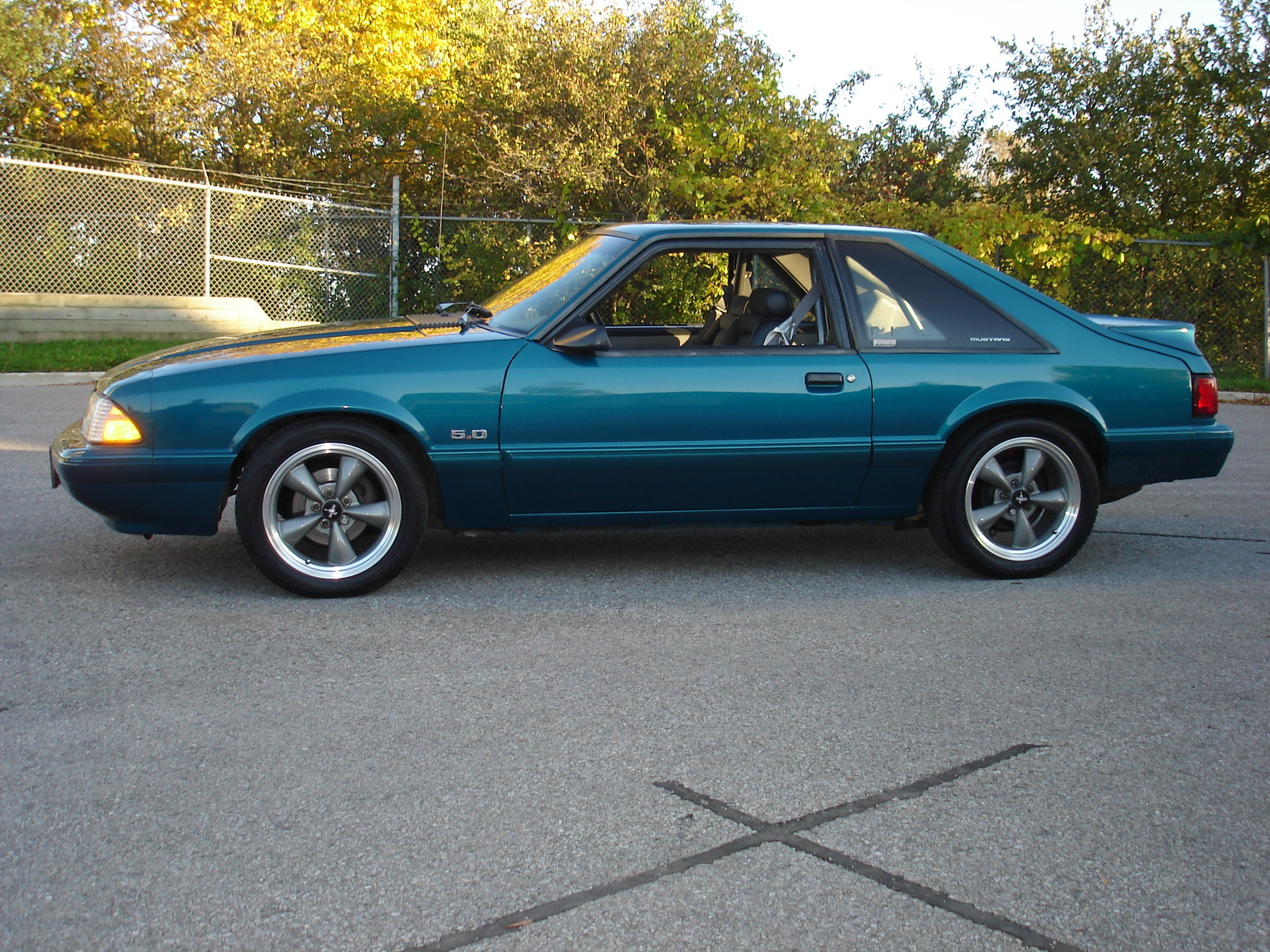 Ford Mustang 1992 photo - 8