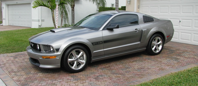 Ford Mustang 2009 photo - 8