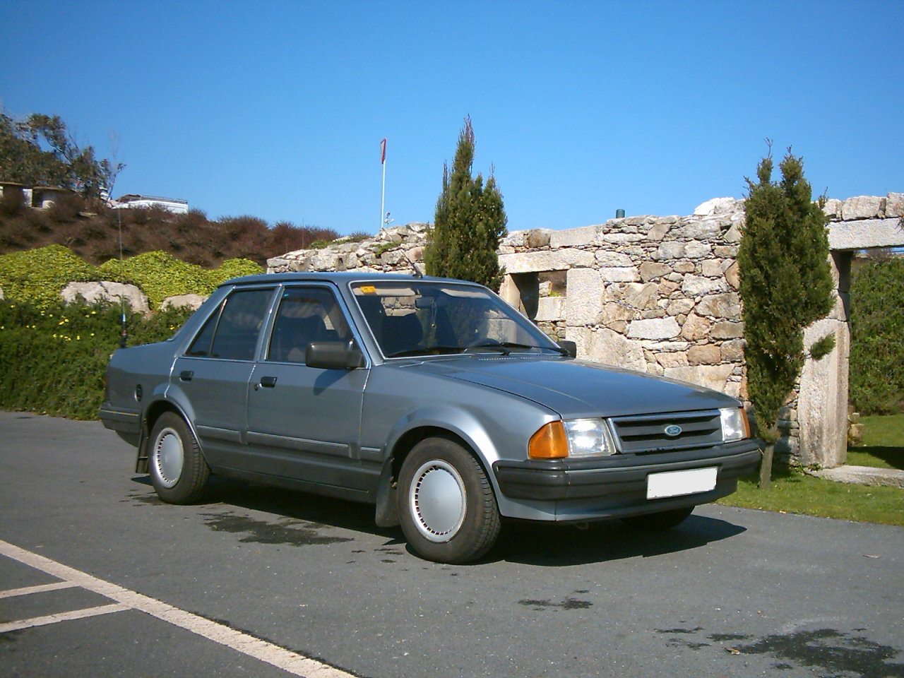 Ford Orion 1998 photo - 5