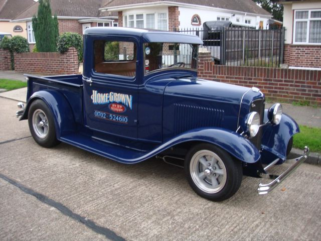Ford Pickup 1932 photo - 9