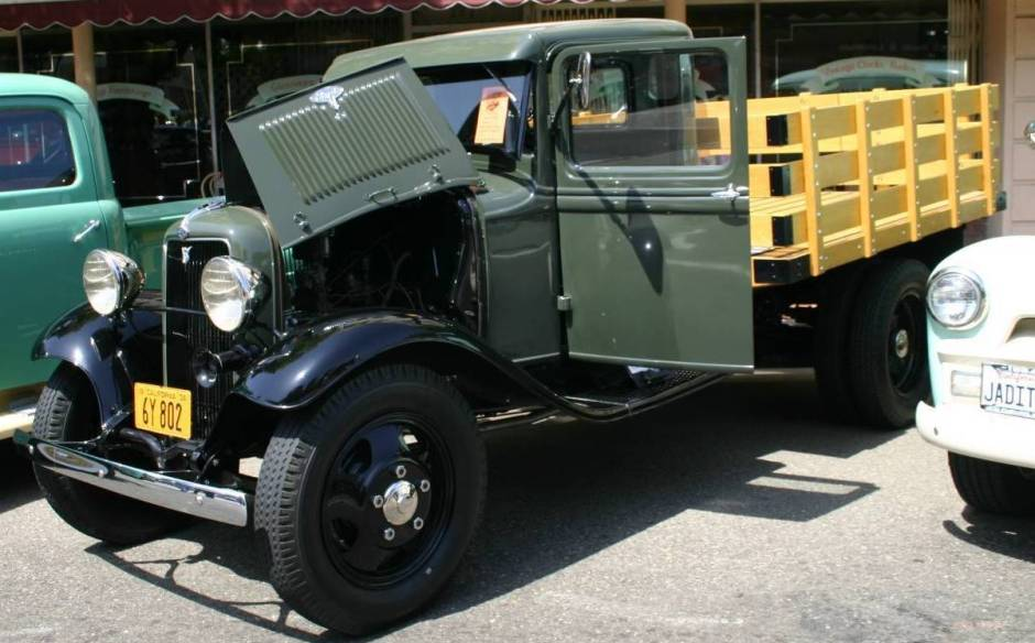 Ford Pickup 1934 photo - 2