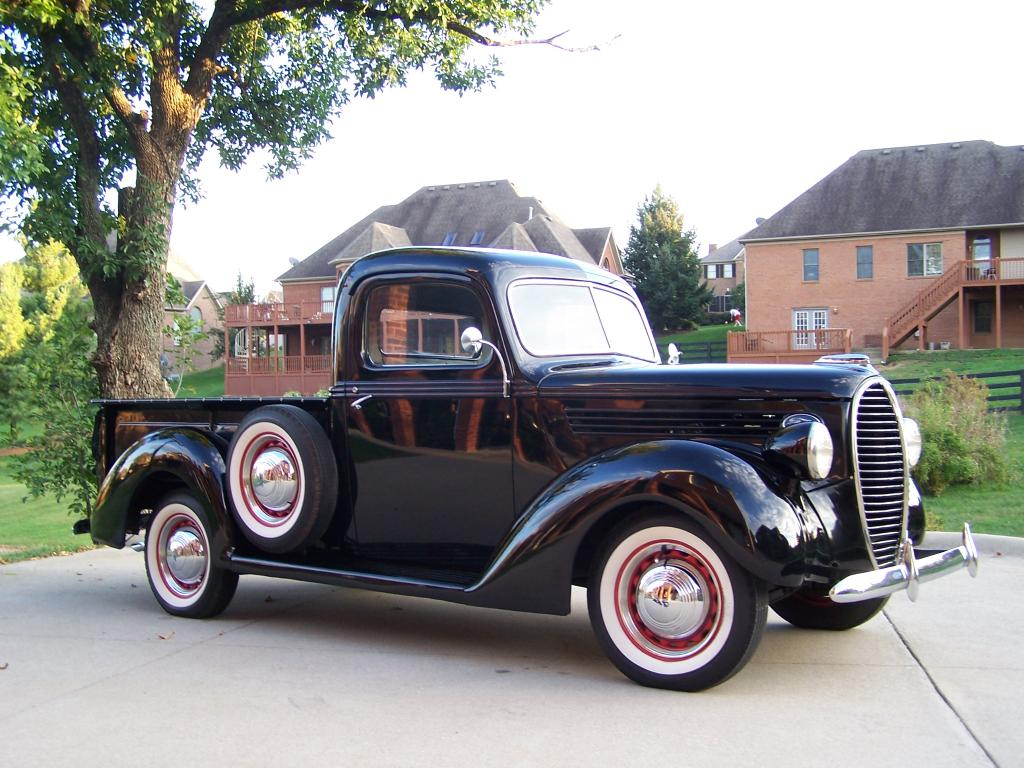 Ford Pickup 1939 photo - 1