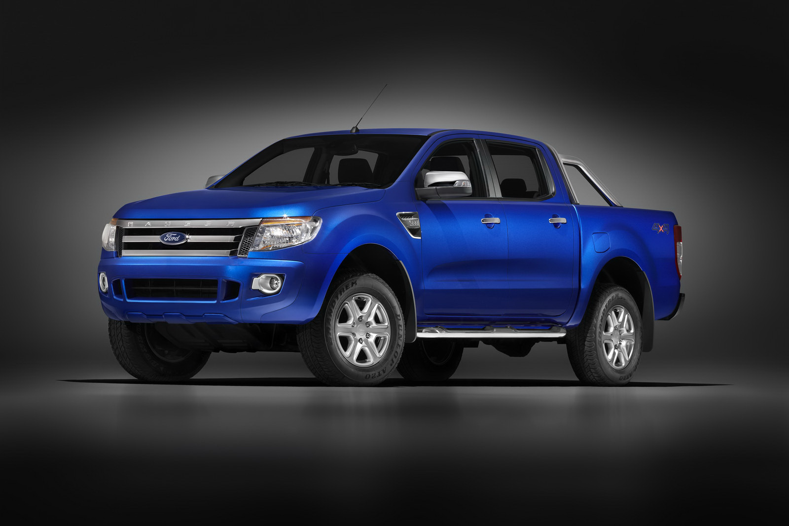 Ford Pickup 2012 photo - 2